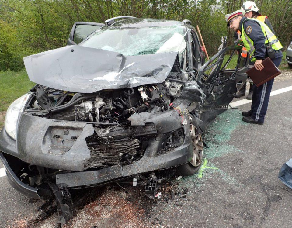 Verkehrsunfall B145 Rutzenmoos
